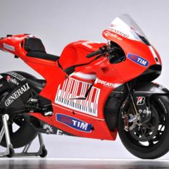 Foto 10 de 13 de la galería ducati-desmosedici-gp-10-presentada-oficialmente en Motorpasion Moto