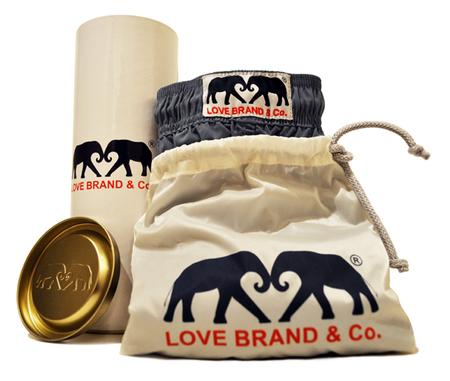Llega a España Love Brand & Co., firma británica especializada en luxury swimwear masculino