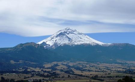 El Popocatépetl tiene un segundo cráter en su interior: 370 metros de diámetro y 110 metros de profundidad