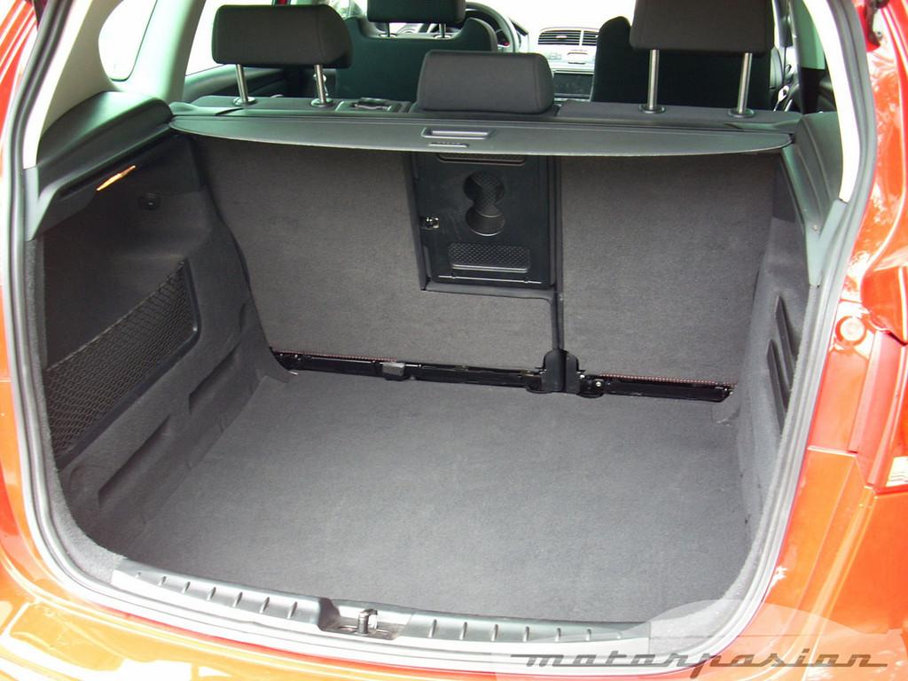Foto de SEAT Altea XL contra Volkswagen Touran  (15/36)