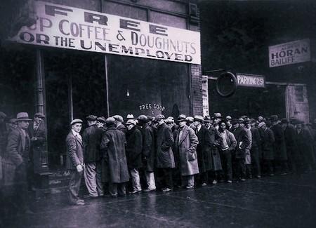El empleo en EEUU se despeña por el Coronavirus más que en ningún otro país del mundo desarrollado, augurando otra Gran Depresión