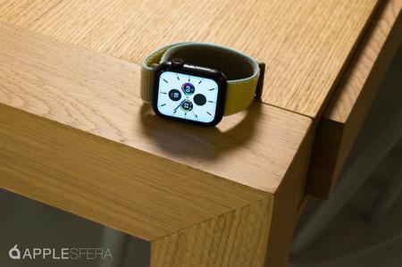 El Apple Watch Series 5 GPS de 40mm está disponible en eBay con envío desde España por 387,99 euros
