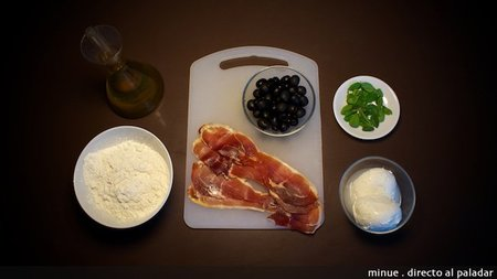Pizza de jamón y aceitunas - ingredientes