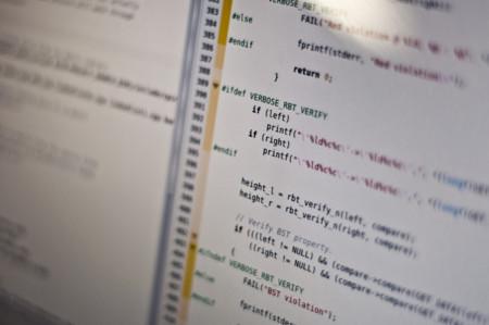 Aprende a escribir código desde tu celular con estas aplicaciones