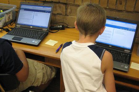 Los casos de ciberbullying entre escolares de Secundaria toledanos se producen en el 50% de los alumnos