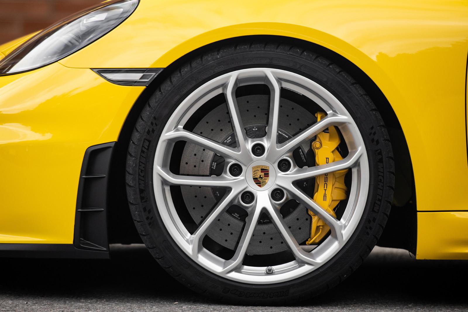 Foto de Porsche 718 Spyder (prueba contacto) (248/296)