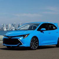 El Toyota Corolla quiere meter un susto al Golf GTI con una versión deportiva e híbrida