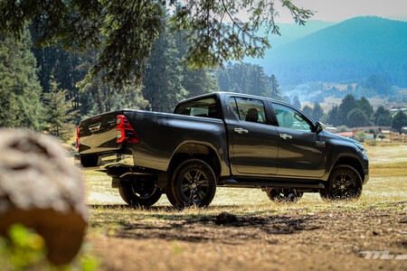 Toyota Hilux 2021 Opiniones Prueba Precio Mexico15