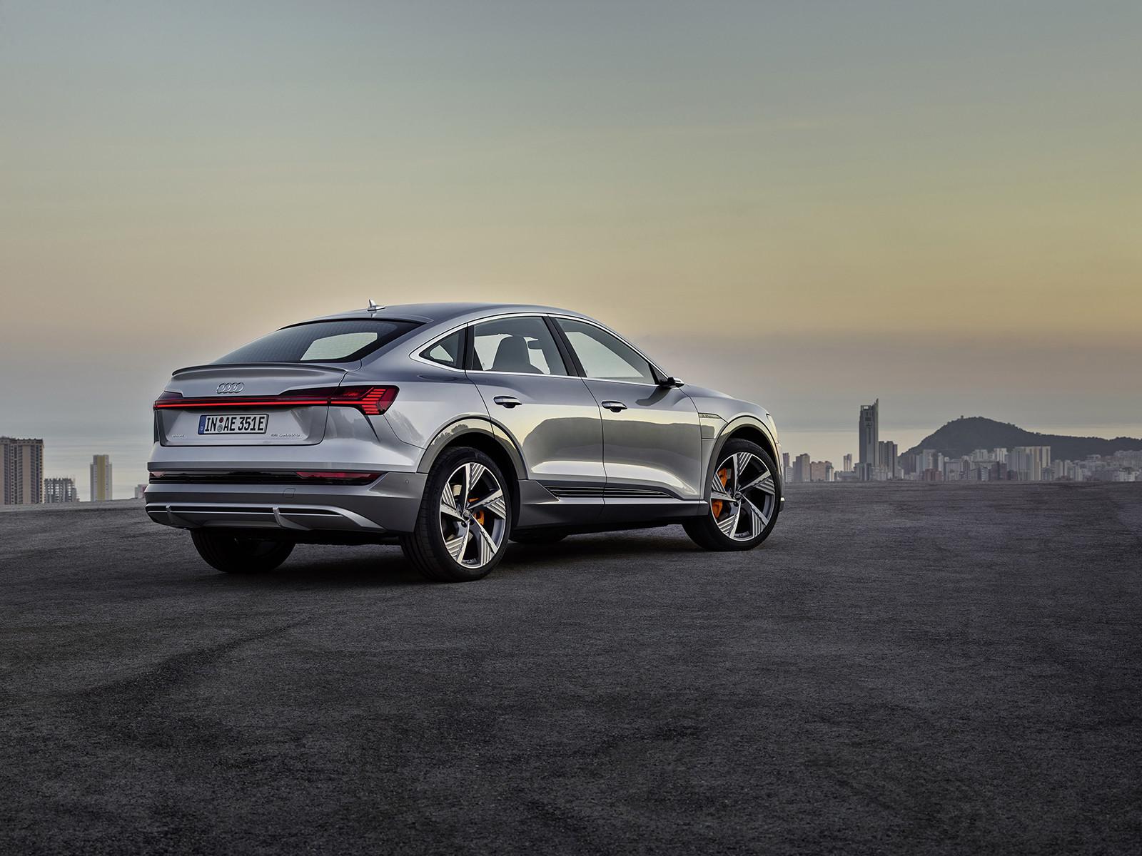Foto de Audi e-tron Sportback (33/57)