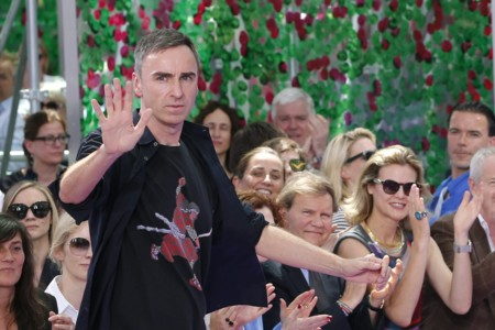 Noticia bomba: Raf Simons deja Christian Dior
