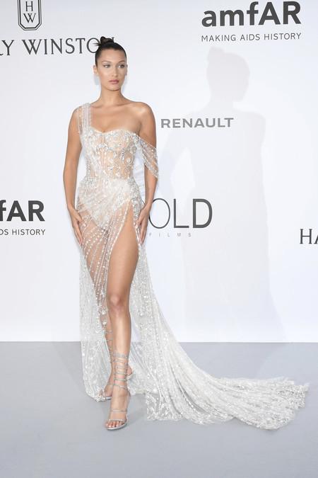 Looks Alfombra Roja Vestidos Sexys Bella Hadid Modelo Celebrity 2