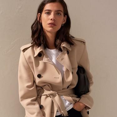 H&M reinterpreta la gabardina y nos recuerda la importancia de tener esta chaqueta a mano