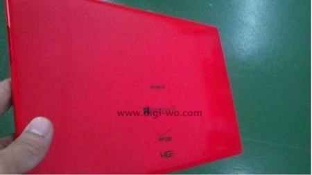 Aparecen imágenes del tablet con Windows RT de Nokia