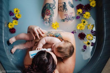 Las tres razones por las que las madres que dan biberón merecen el mismo respeto que las que amamantan