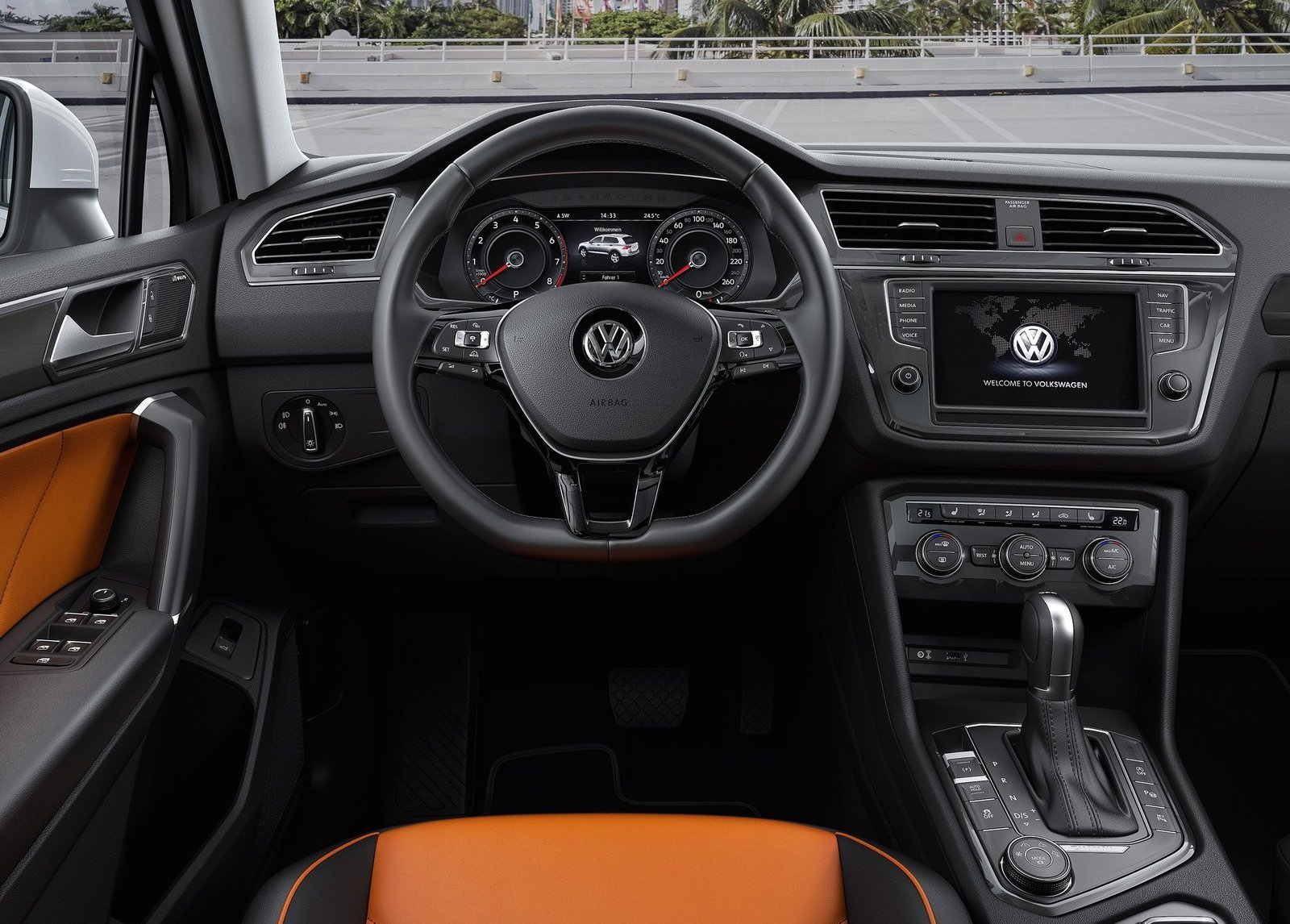 Foto de Volkswagen Tiguan 2017 (13/18)