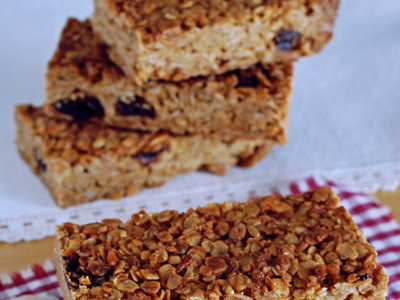 Barritas de cereales con avena, almendra y coco. Receta