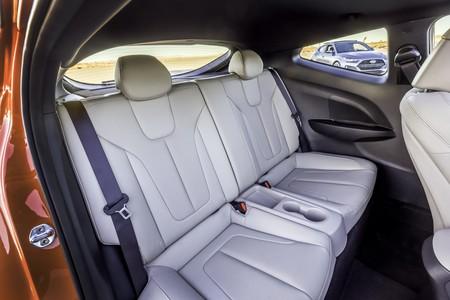 Hyundai Veloster Turbo 2019 13