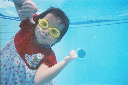 El verano es la época que más riesgo entraña para los menores de edad: ¿sabemos controlar los accidentes?
