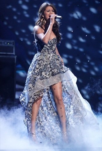 Peoples Choice Awards 2011: Selena Gomez actuación