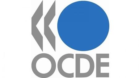 La economía mundial mejora pero hay riesgos, según la OCDE