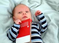 Solicitar o renovar el pasaporte de un bebé