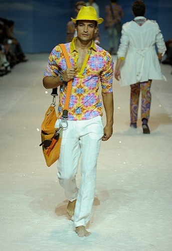 Etro, Primavera-Verano 2010 en la Semana de la Moda de Milán III
