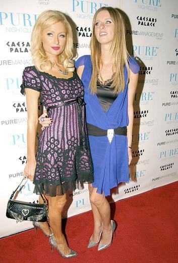 Paris Hilton y el Lesbian Chic Ambiente G