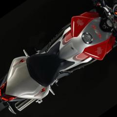 Foto 3 de 8 de la galería mv-agusta-brutale-1090rr-y-990rr-modelos-2010 en Motorpasion Moto