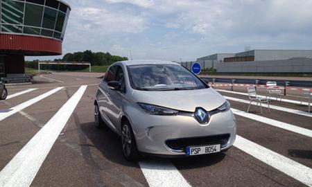 Renault logra un récord de autonomía con el ZOE