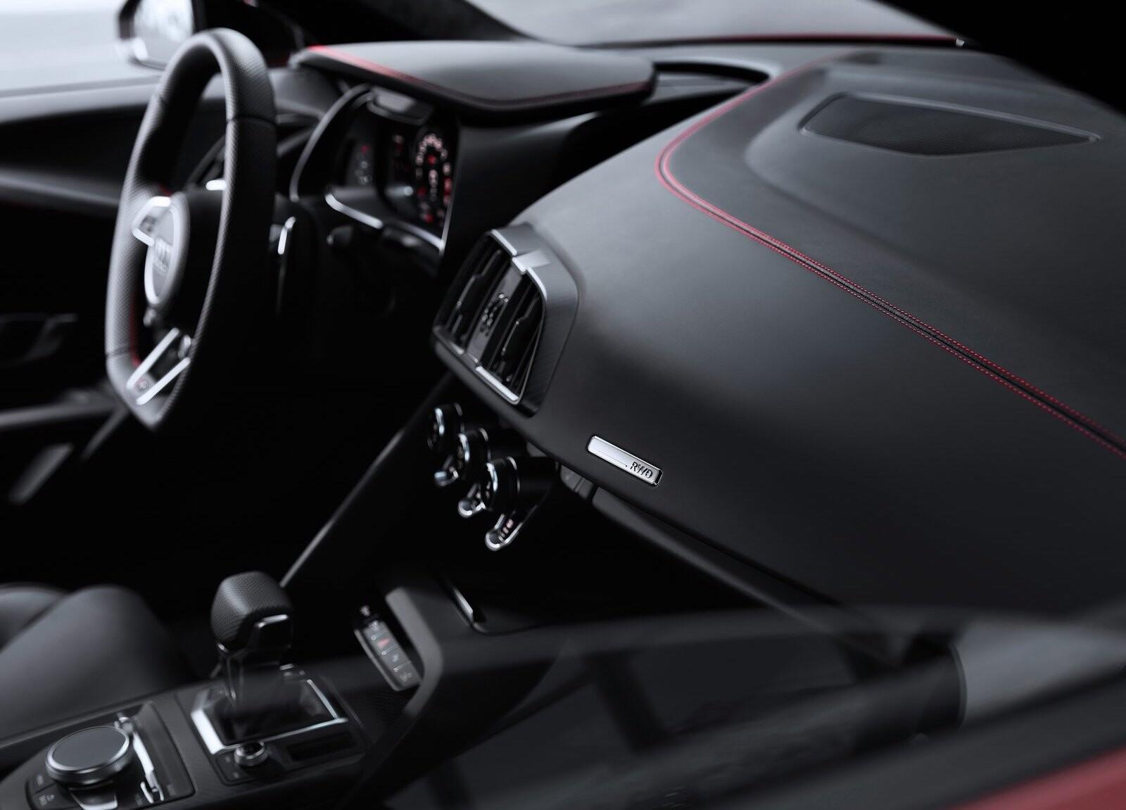 Foto de Audi R8 V10 Performance RWD (15/21)
