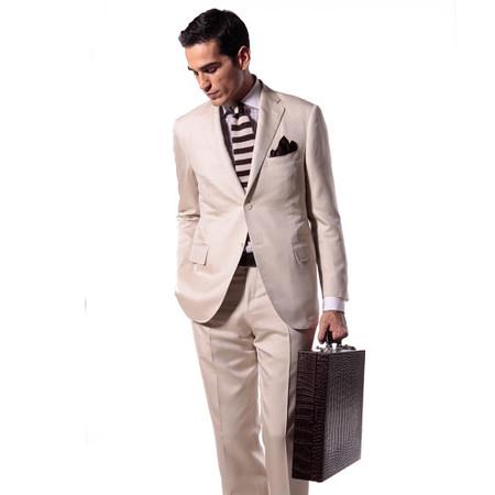 Corneliani o cómo vencer estereotipos con una corbata a rayas horizontales