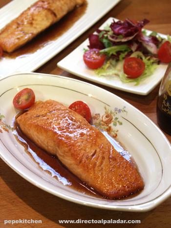 Receta de salmón glaseado con sake