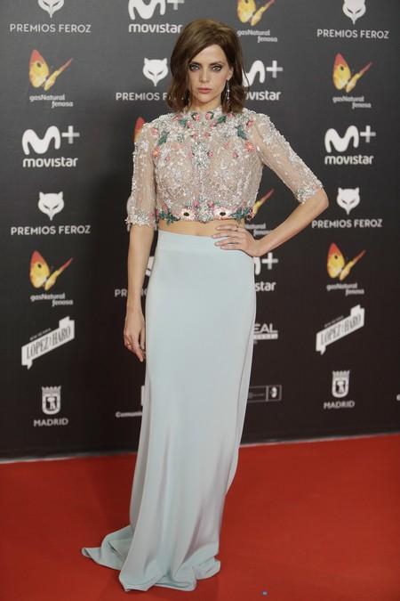 premios feroz alfombra roja look estilismo outfit macarena gomez