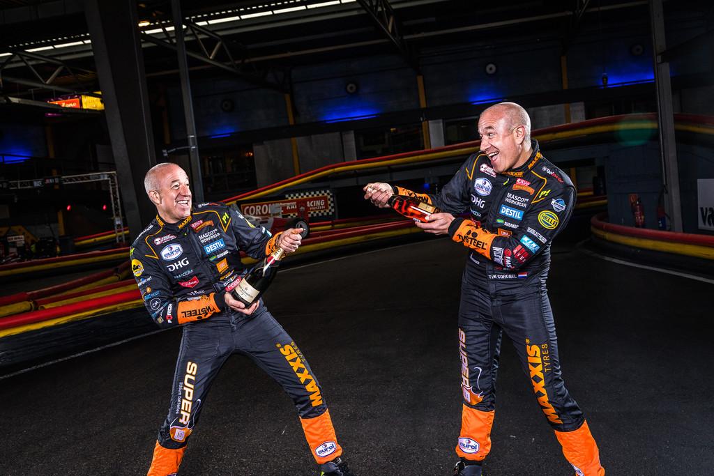 Tim Alfa y Tom Romeo Coronel, los gemelos m�s locos del automovilismo mundial