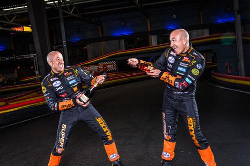 Tim Alfa y Tom Romeo Coronel, los gemelos más locos del automovilismo mundial