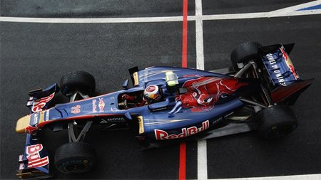 GP de Gran Bretaña F1 2011: Jaime Alguersuari no consigue pasar a la Q2 pero supera a Sebastien Buemi