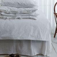 Aprovecha las rebajas de H&M Home para decorar y preparar tu dormitorio de cara al otoño: fundas nórdicas, mantas, cojines y más