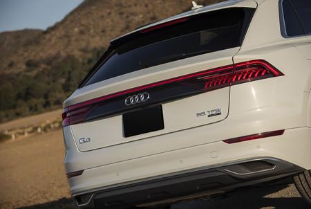 Audi Q8 11