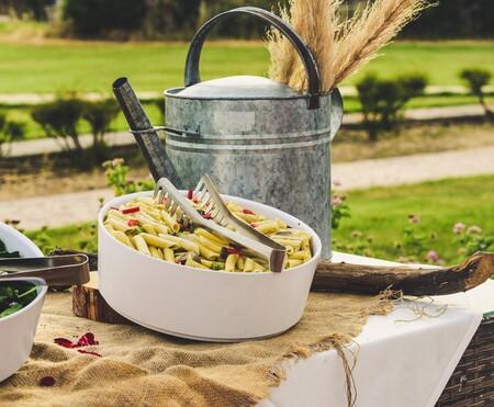 Cuatro recetas de ensaladas de pasta veganas que podemos seguir comiendo en otoño e invierno