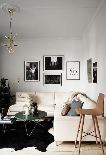 Un pequeño apartamento nórdico con espíritu mediterráneo, al que no le falta nada de nada