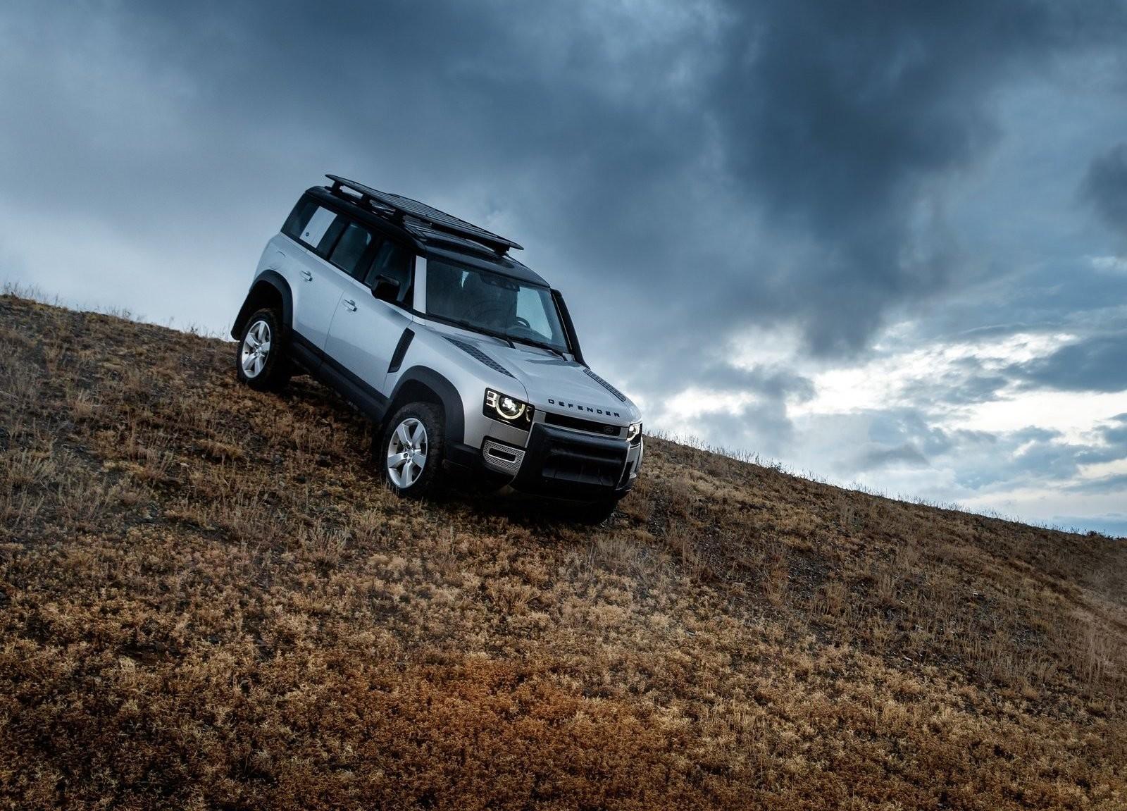 Foto de Land Rover Defender 2020 (46/60)