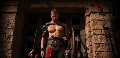 Por nosotros como si no habla... Kellan Lutz sale a torso desnudo en 'Hércules' y eso nos basta
