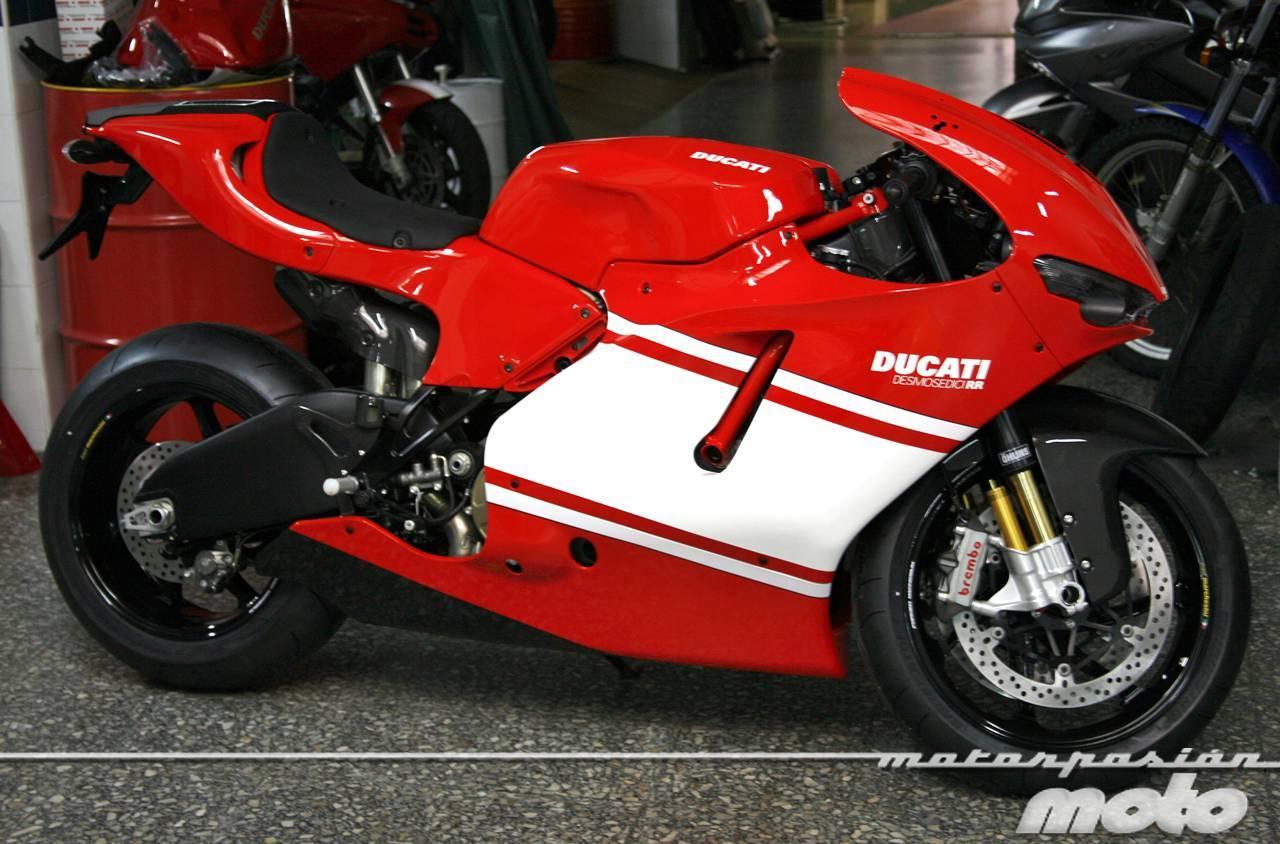 Foto de Ducati Desmosedici RR, toma de contacto (prueba dinámica y galería de fotos) (25/55)