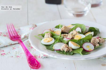 Receta de ensalada de espinacas tiernas, rabanitos y atún
