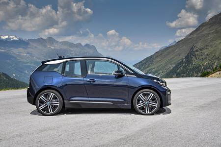 BMW i3 lateral parado