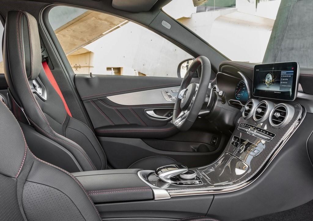 Foto de Mercedes-AMG C 43 4MATIC 2018 (14/15)