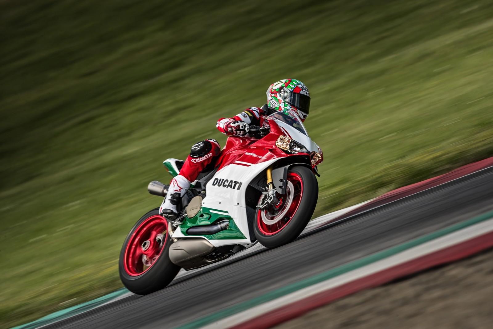 Foto de Ducati 1299 Panigale R Final Edition (7/58)