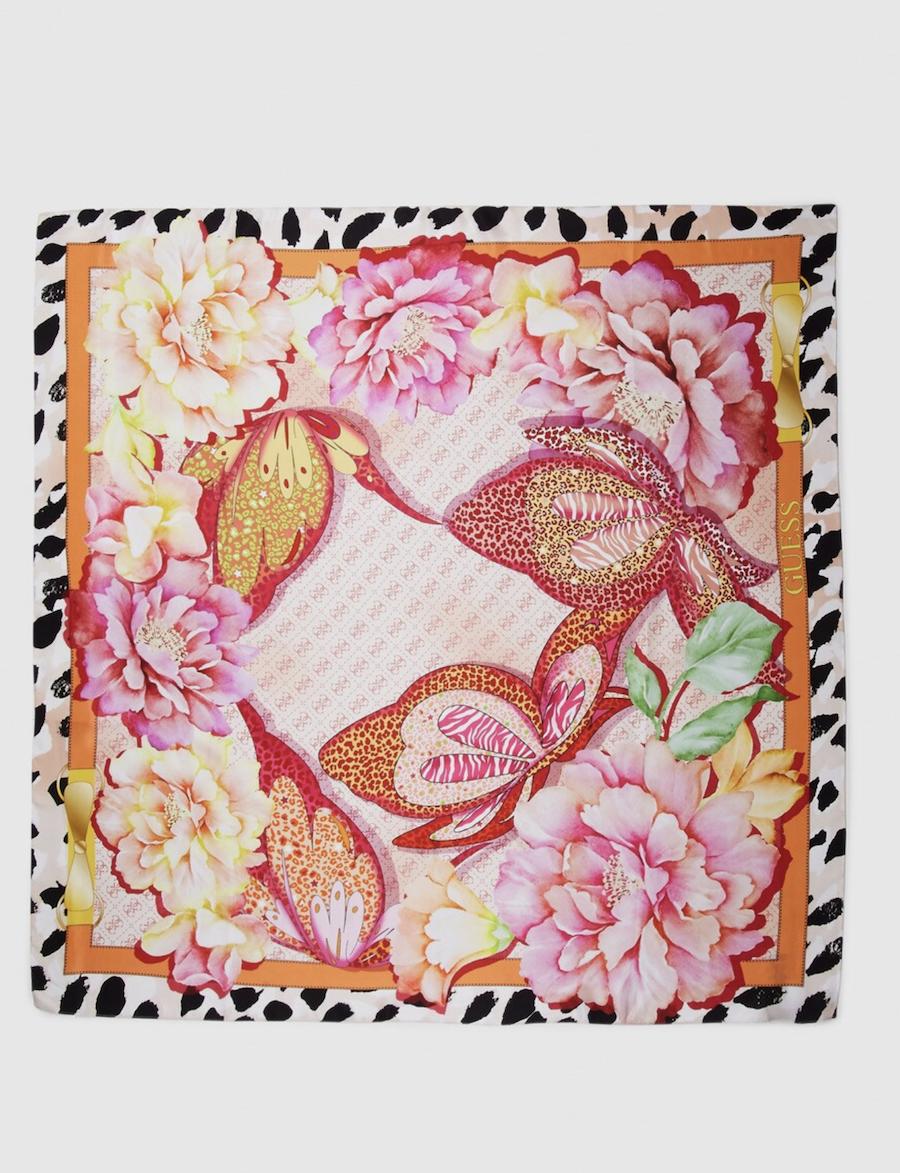 Pañuelo en tono coral Guess con estampado de flores