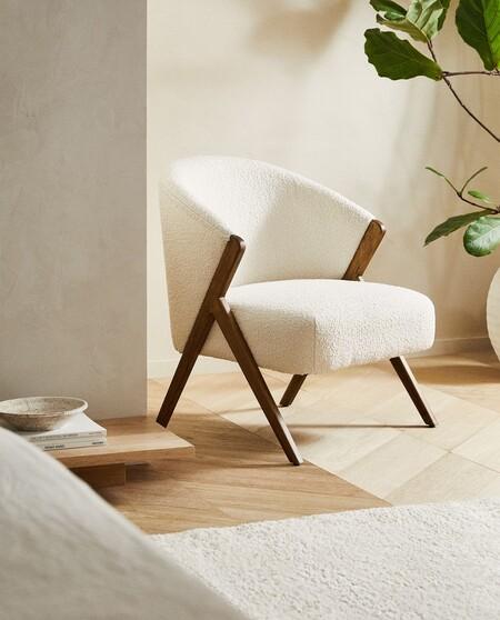La pieza más deseada de la nueva colección de Zara Home es este sillón de tejido bouclé