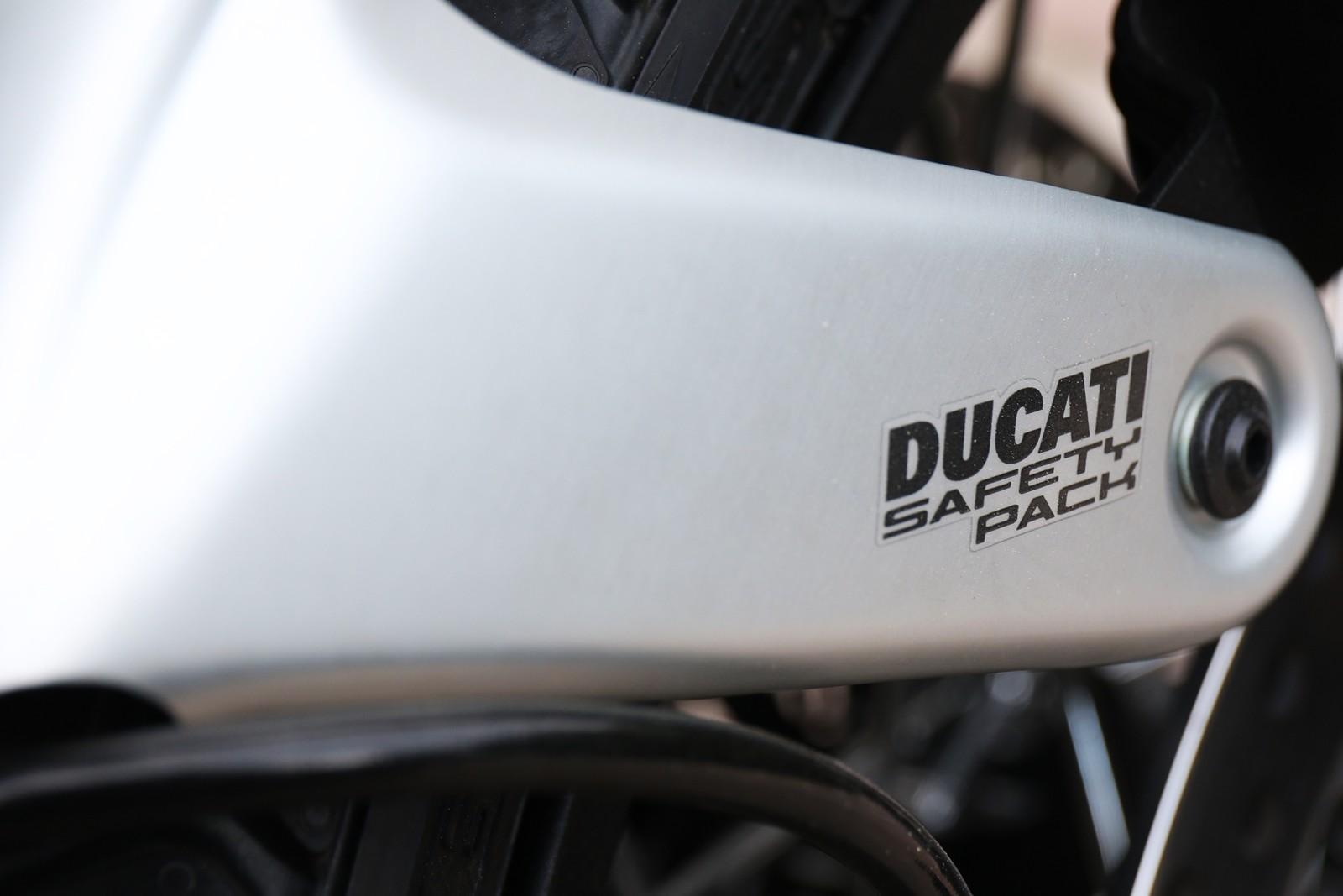 Foto de Ducati Scrambler 1100 2018, prueba (13/35)
